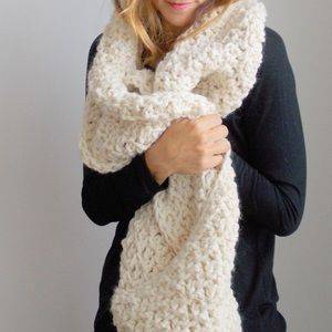 NWT urban outfitters chunky knit long scarf